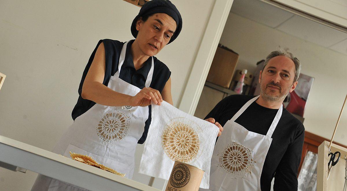 Bruna Esposito and NEOLA ONLUS, Neola waffle tasting, San Pietro di Castello patronato. Photo Nicola Bustreo
