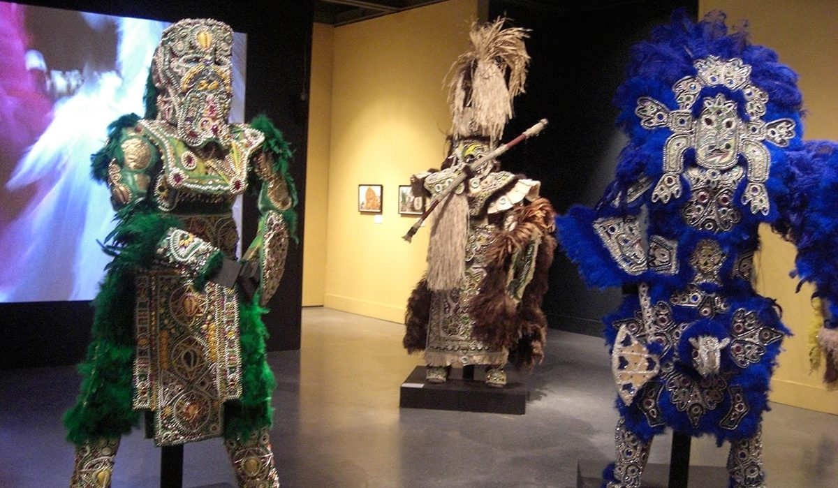 Victor Harris, Big Chief of the Mandingo Warriors, Spirit of Fi-Yi-Yi, installation view, 2009, New Orleans Museum of Art. Photo Claire Tancons