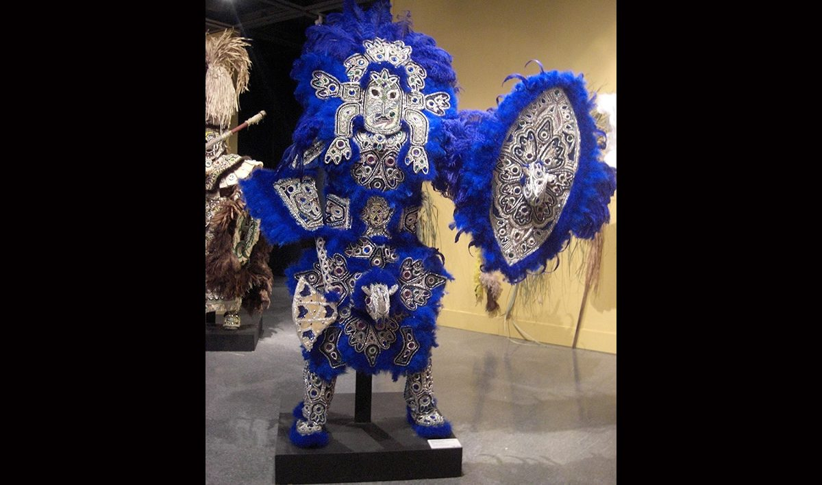 Victor Harris & Fi-Yi-Yi, Big Chief Suit and Shield (Blue – Rhinoceros), 2001. Collection Victor Harris, Courtesy Victor Harris and the Backstreet Cultural Museum. Photo Claire Tancons