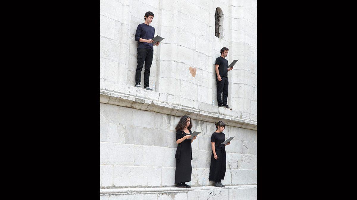 Marta Grasso, 70 Volte 7, Performance, campanile, Campo San Pietro di Castello, June 25, 2013. Photo Nicolas Bustreo
