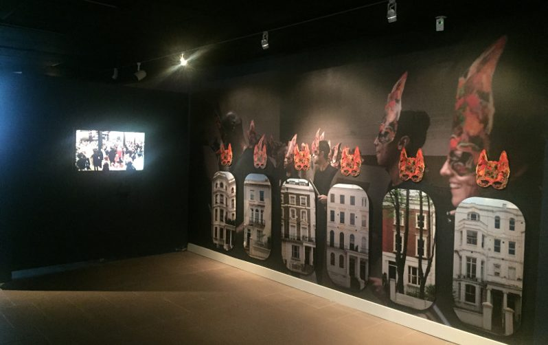 Hew Locke, Give and Take (2014), in EN MAS' at DuSable Museum, 2017. Photo Claire Tancons